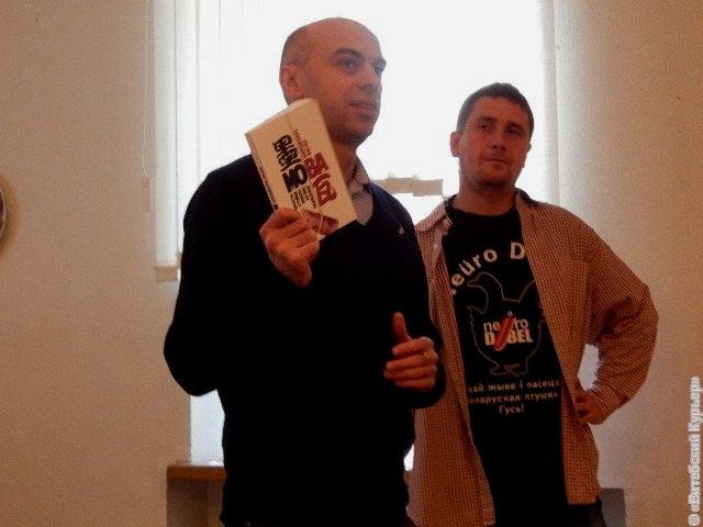Мова-Нанова рекомендует Виктора Мартиновича.