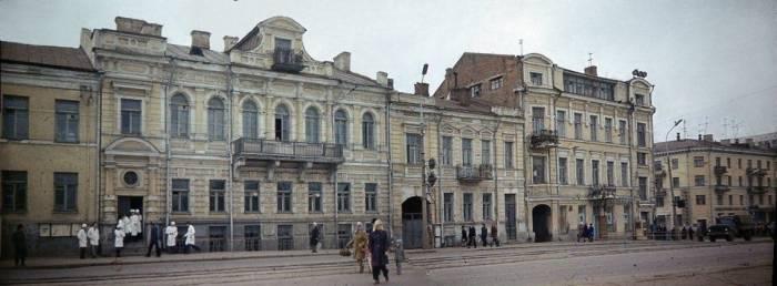 Здание фармацевтического факультета, 1980-е годы. Фото Л. Шереметьевой