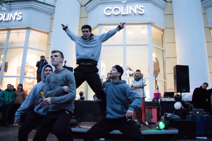 Минские би-бои на открытии магазина Colin`s в Витебске
