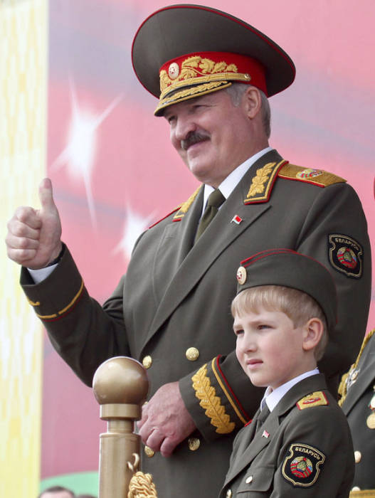 Alexander Lukashenko, Nikolai Lukashenko