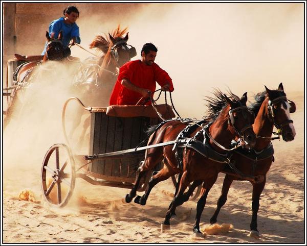Вот оно, такси Древнего Рима. Шеф, два счетчика! Фото сайта http://wordteen.ru/