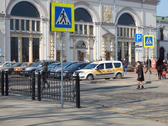 Во время фестиваля работы у таксистов хватает.