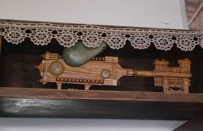 Деревянный ключ, которым в 1997 году был открыт дом-музей