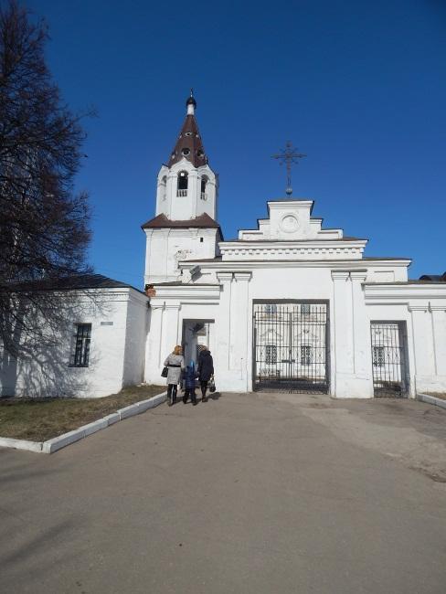 В Смоленске церкви на каждом углу.