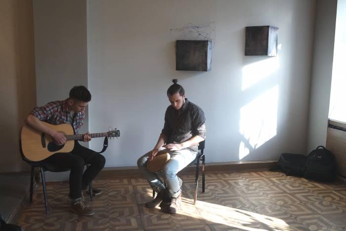 Музыканты на открытии выставки