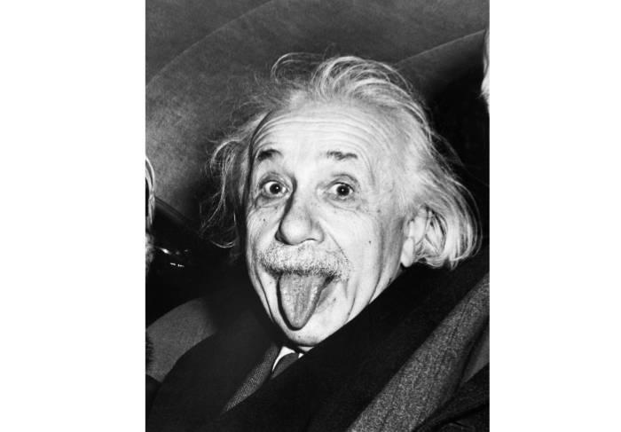 фотограф Arthur Sasse - Эйнштейн