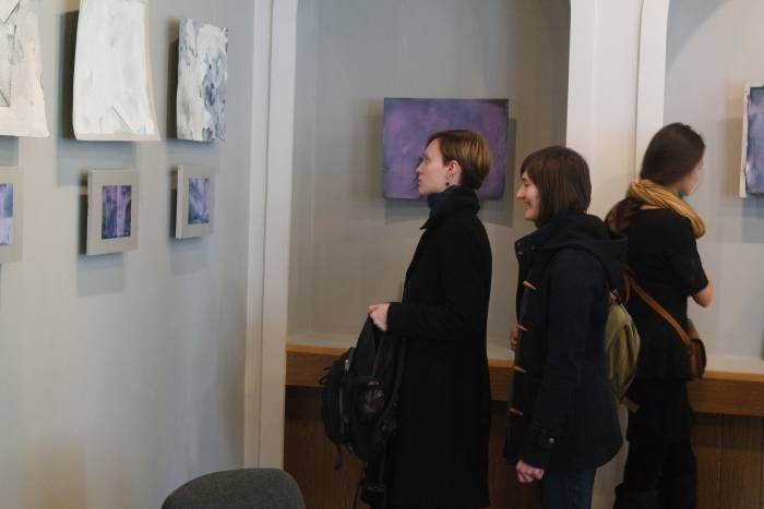 Картины вызывали живой интерес у публики