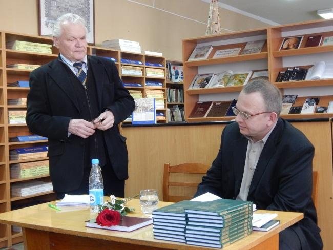 Борис Береженко: в стихах Наместникова не к чему придраться!