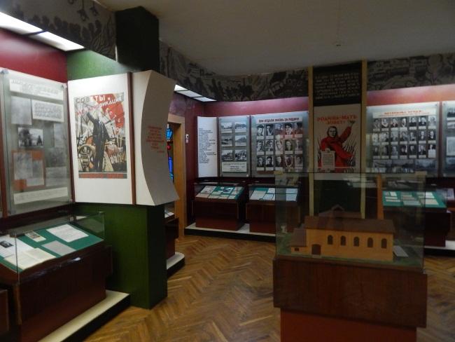 В залах музея сохранен дух старины.