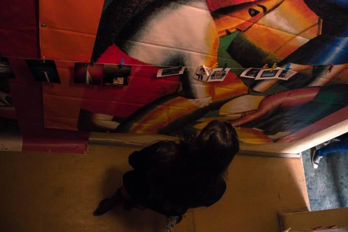 Продолжение фотосушки в мистических коридорах арт-пространства