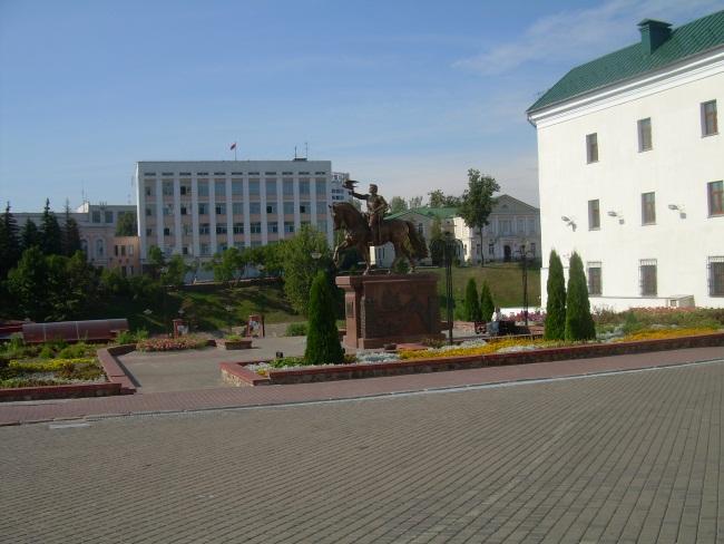 Ратушная площадь. Июнь 2014 года.