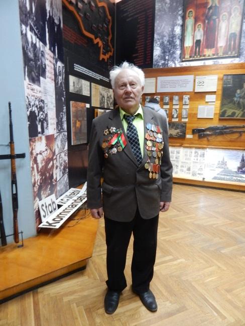Николай Иванович - настоящий герой.