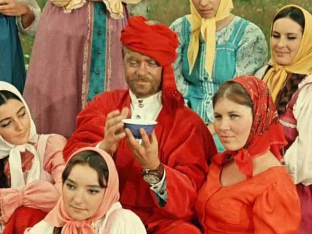 Все возлюбленные товарища Сухова. Фото сайта kino-teatr.ru