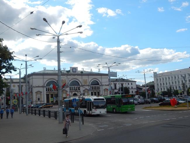 Витебский вокзал - сердце города.