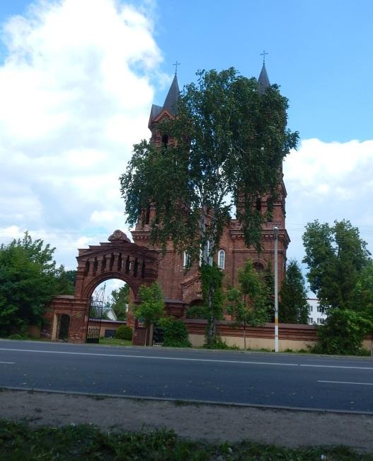 Единственный из сохранившихся к 21 веку католических храмов.