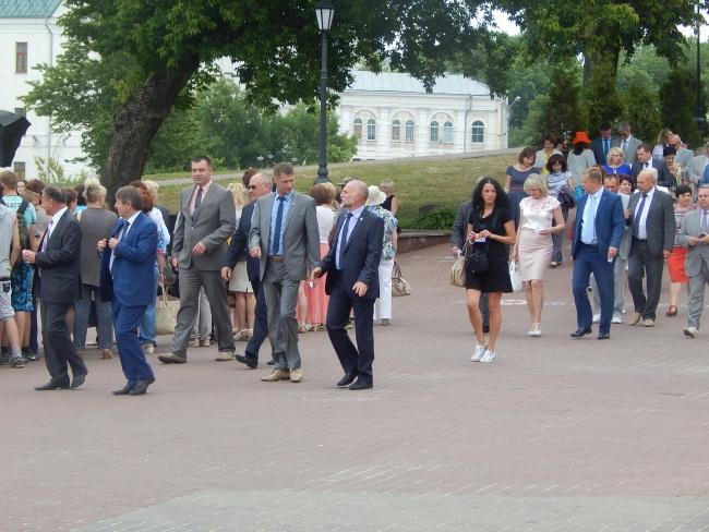 Первые лица области тоже пришли на концерт.