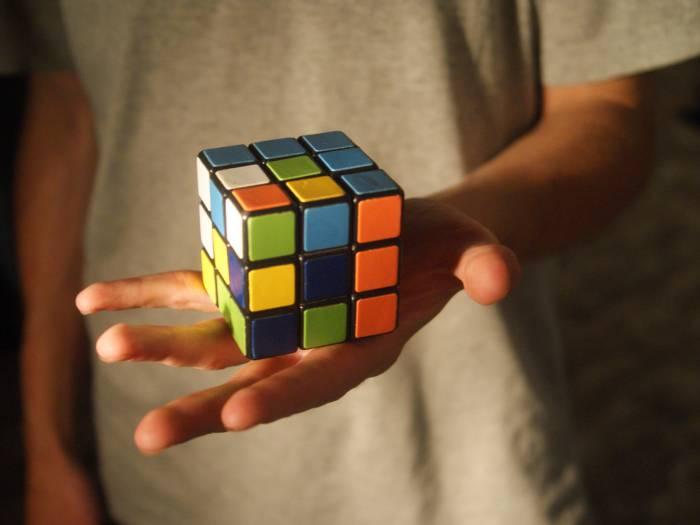 Кубик непрост