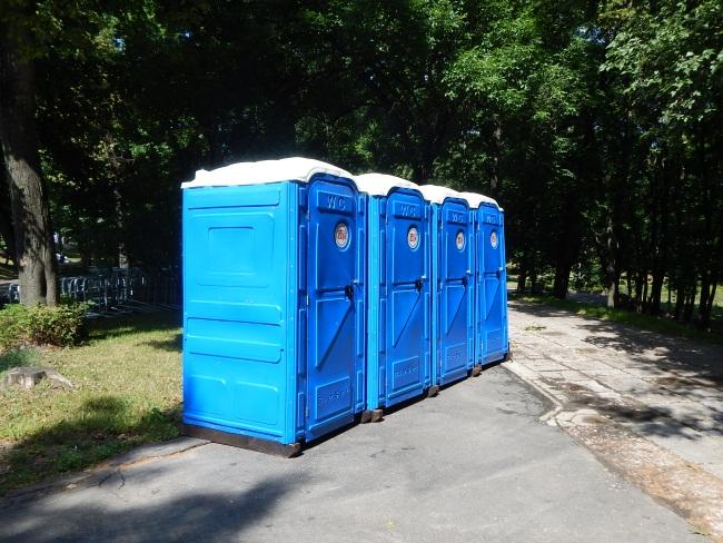 А с туалетами полный порядок!