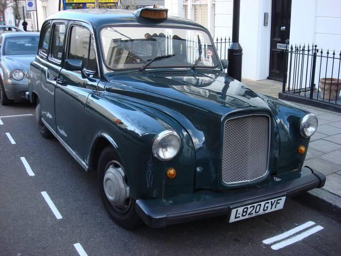 Austin FX4 считается самым узнаваемым таксомотором в мире
