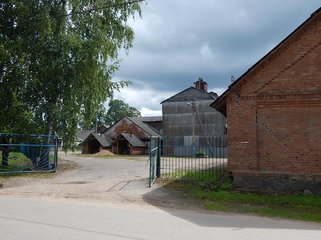 Зерноток в Подберезье.