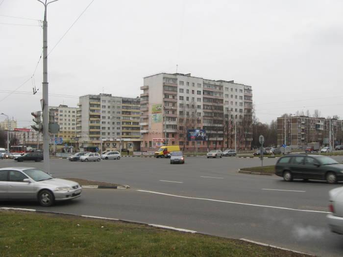 Так сейчас выглядит большой перекресток в конце Московского проспекта, создающий множество неприятностей для жителей Билево