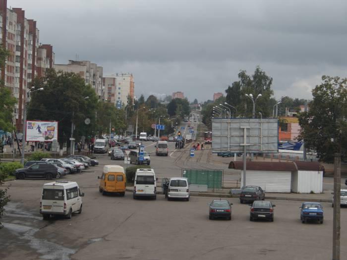Вид на улицу Титова с путепровода