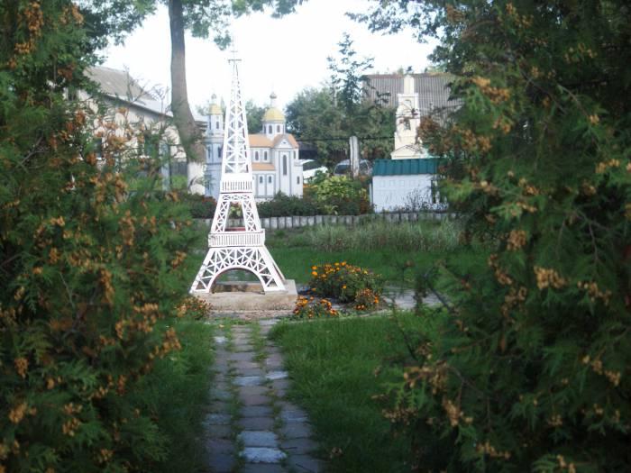 В Витебске есть Эйфелева башня