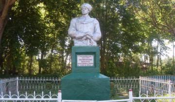 Памятник Доватору Улла