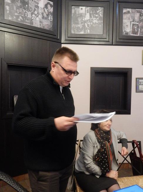 Олег Сешко читает стихи