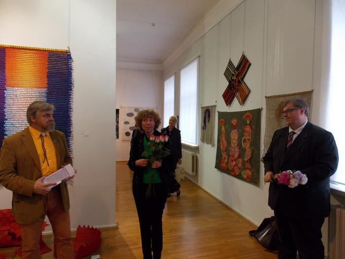 Кураторы Михаил Цыбульский, Иева Круминя, и консул Латвийской Республики в Витебске г-н Угис Скуя