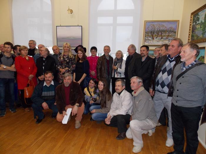 Преподаватели, художники, гости, бывшие и нынешние студенты витебского худграфа