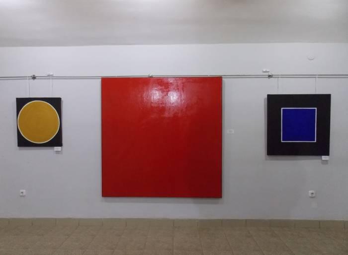 Г. Васильева. Золото королей. Красный квадрат. Чёрный квадрат
