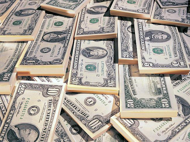 Зарплата в тысячу долларов- реальность или миф?