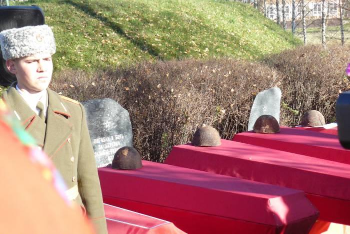 копти 2015 гробы с неизвестными воинами