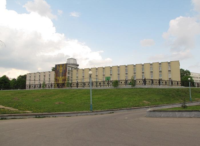 Гімназія №1 г. Віцебска. Фота: darriuss.livejournal.com