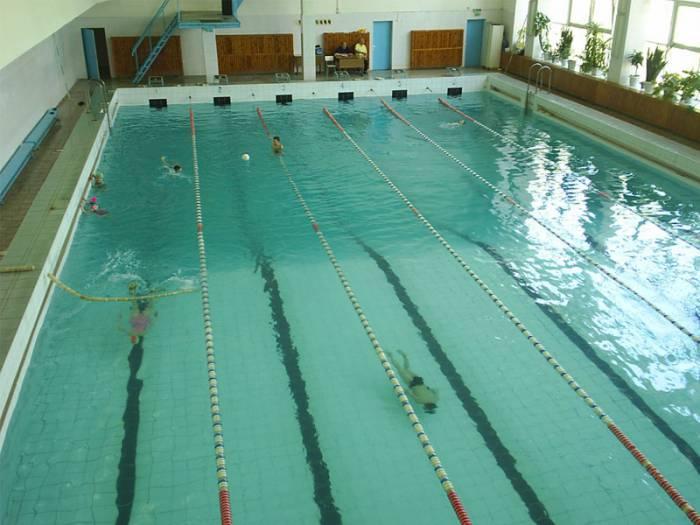 На момент написания этих строк в данном бассейне происходит замена воды. Фото: school31.vitebsk.by