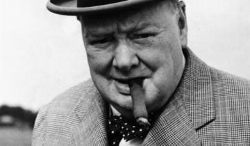 Черчилль с сигарой. Источник:liveinternet.ru