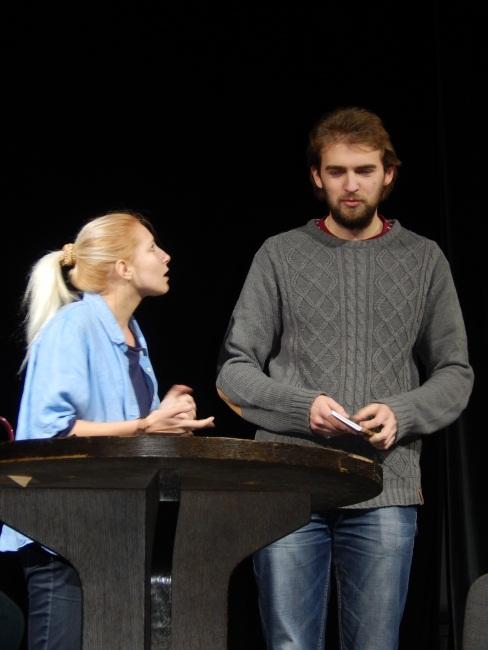 Сергей Петров в роли мужа, который заботится о больной жене