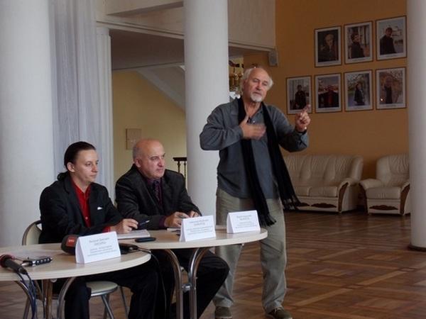 Валерий Анисенко на пресс-конференции 2014 года