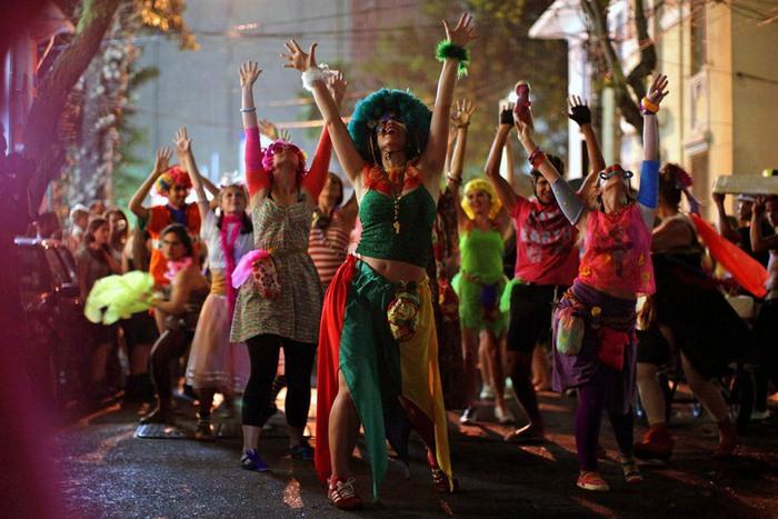 Карнавал есть тоже переворачивание мира... Источник: Felipe Dana / AP