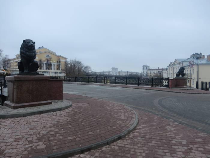 Львы на Пушкинском мосту