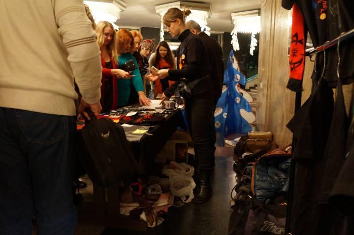 Продажа «сувенирки». Фото Алёна Евдокимова