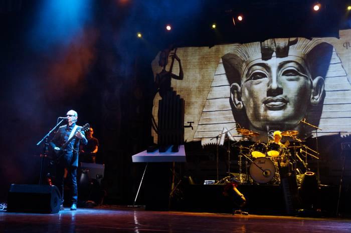 Группа исполняет песню «Египтянин». Фото Алёна Евдокимова