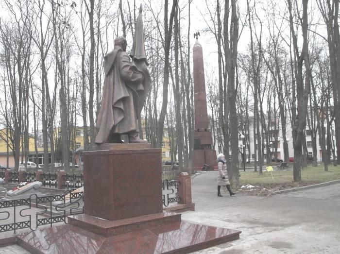 Памятники героям двух войн за освобождение Витебщины