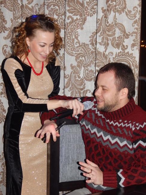 Ведущая Ксения Костеж знает, как мужчину разговорить