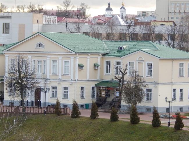 """Улица Пушкина. Театр """"Лялька"""""""