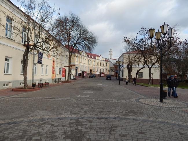 Улица Толстого - одна из красивейших старинных частей города