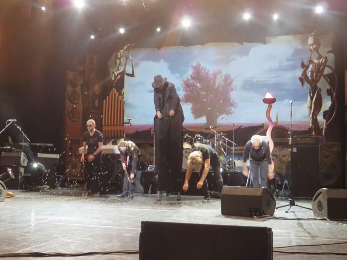 Поклон музыкантов. Фото Аля Покровская