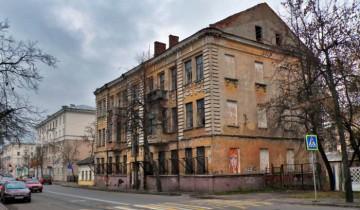 dom_28_na_komsomolskoy