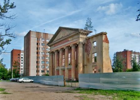 Руины Дворца культуры на Гончарной, 2012 год. Фото Юрия Шепелева